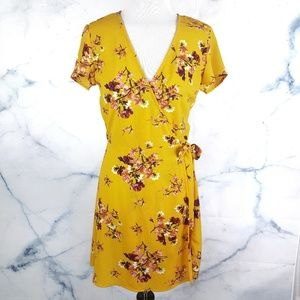 NEW! Yellow Floral Summer Tie Waist Wrap Dress
